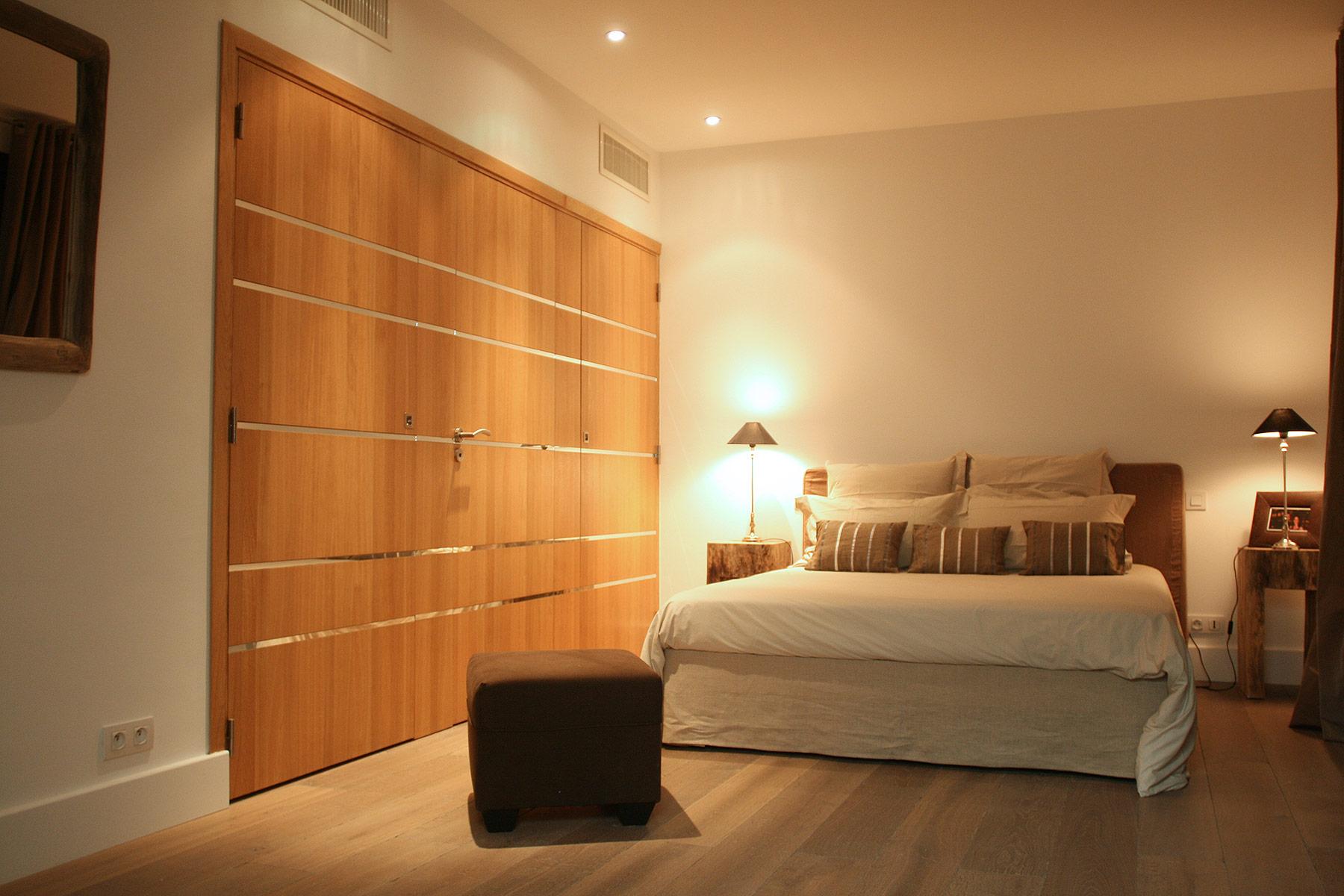 Placard en bois chambre